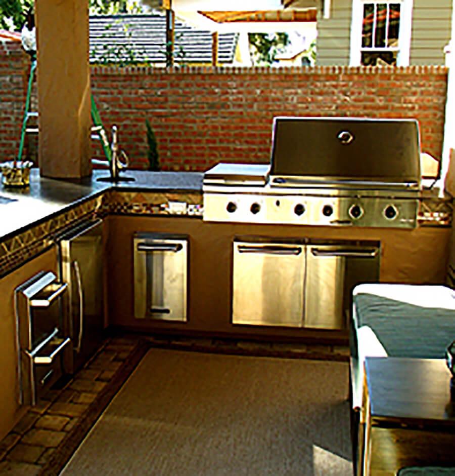 Outdoor Kitchen 03